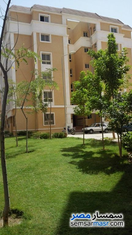 Photo 2 - Apartment 2 bedrooms 1 bath 80 sqm semi finished For Sale Hadayek Al Ahram Giza