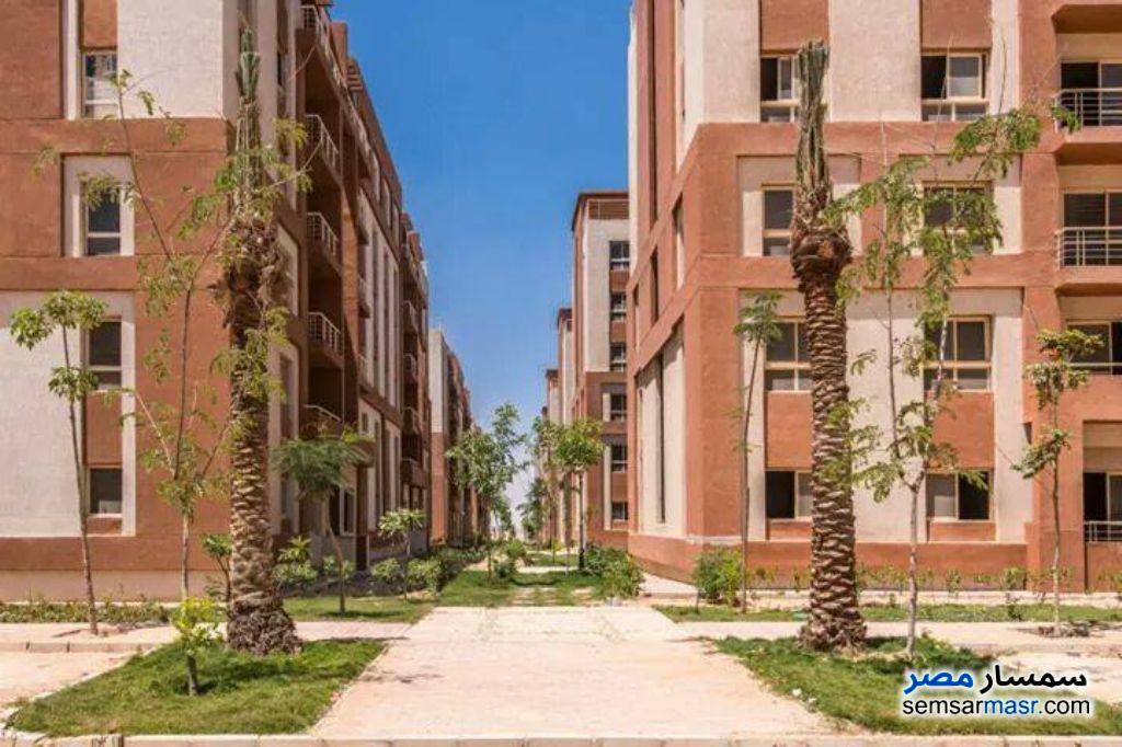 Photo 3 - Apartment 2 bedrooms 1 bath 80 sqm semi finished For Sale Hadayek Al Ahram Giza