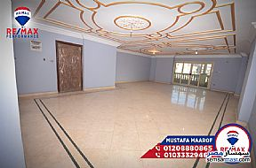 Ad Photo: Apartment 3 bedrooms 3 baths 270 sqm extra super lux in Al Lbrahimiyyah  Alexandira