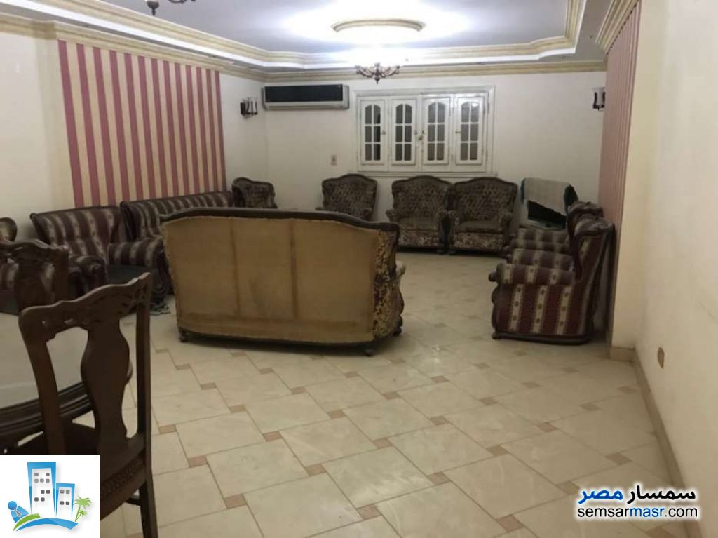 Ad Photo: Apartment 3 bedrooms 2 baths 165 sqm super lux in Giza