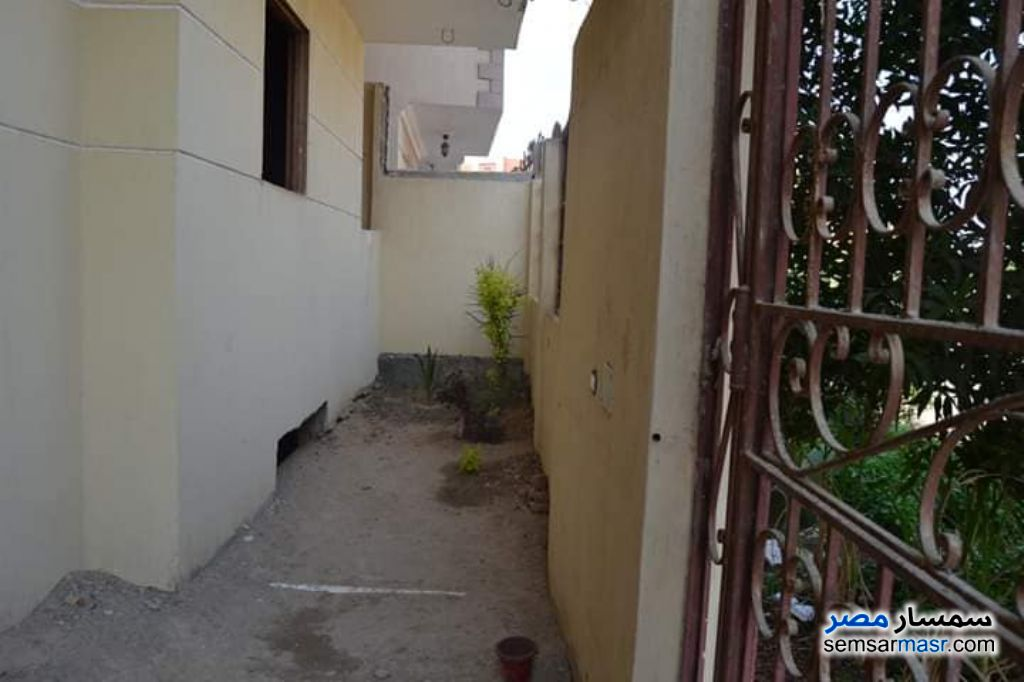 Photo 9 - Apartment 3 bedrooms 1 bath 160 sqm without finish For Sale El Ubour City Qalyubiyah