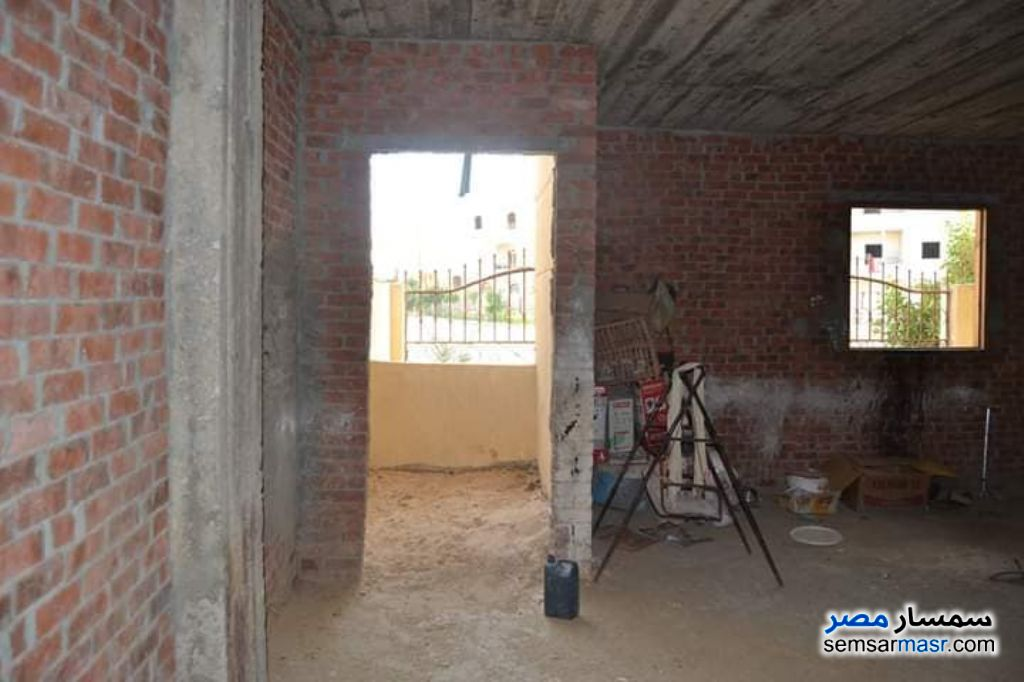 Photo 12 - Apartment 3 bedrooms 1 bath 160 sqm without finish For Sale El Ubour City Qalyubiyah