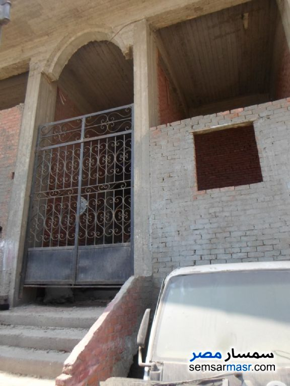 Photo 3 - Building 175 sqm without finish For Sale Shubra El Kheima Qalyubiyah