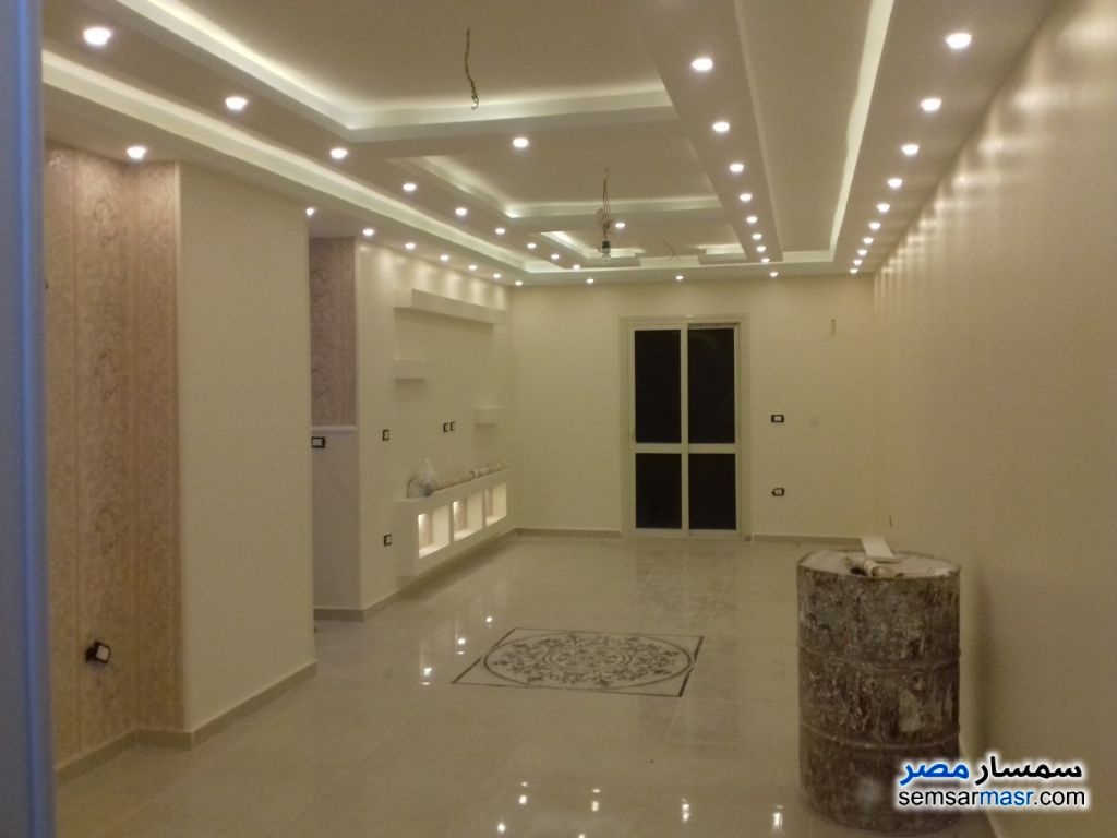 Photo 1 - Apartment 3 bedrooms 3 baths 140 sqm extra super lux For Sale Hadayek Al Ahram Giza