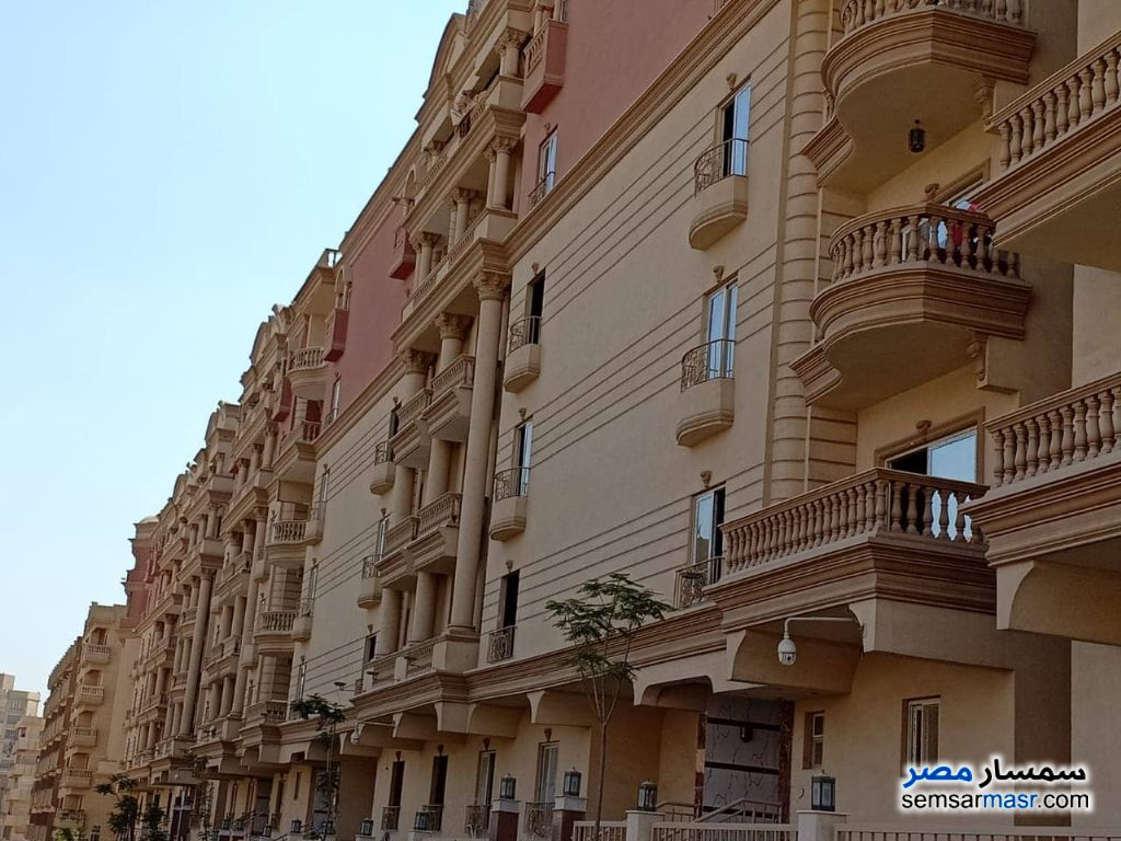 Photo 1 - Apartment 3 bedrooms 2 baths 171 sqm semi finished For Sale Mokattam Cairo