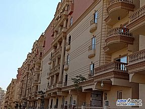 Apartment 3 bedrooms 2 baths 171 sqm semi finished For Sale Mokattam Cairo - 1