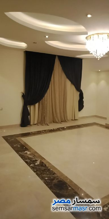 Photo 2 - Apartment 3 bedrooms 3 baths 230 sqm extra super lux For Sale Heliopolis Cairo