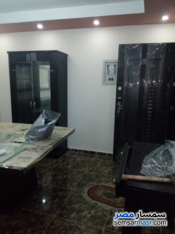 Photo 5 - Apartment 3 bedrooms 2 baths 145 sqm extra super lux For Sale Hadayek Helwan Cairo