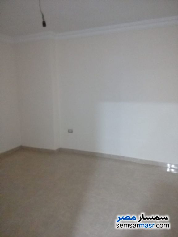 Photo 14 - Apartment 3 bedrooms 2 baths 145 sqm extra super lux For Sale Hadayek Helwan Cairo