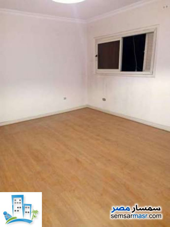 Ad Photo: Apartment 2 bedrooms 1 bath 160 sqm in Maadi  Cairo