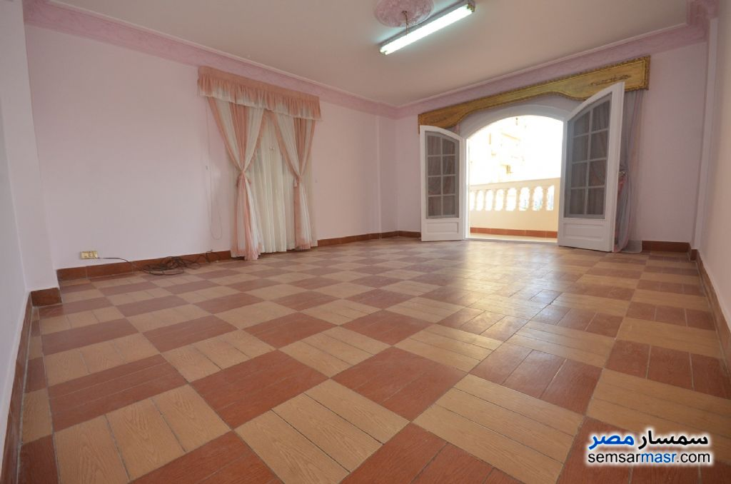Photo 22 - Apartment 3 bedrooms 2 baths 200 sqm extra super lux For Rent Al Lbrahimiyyah Alexandira