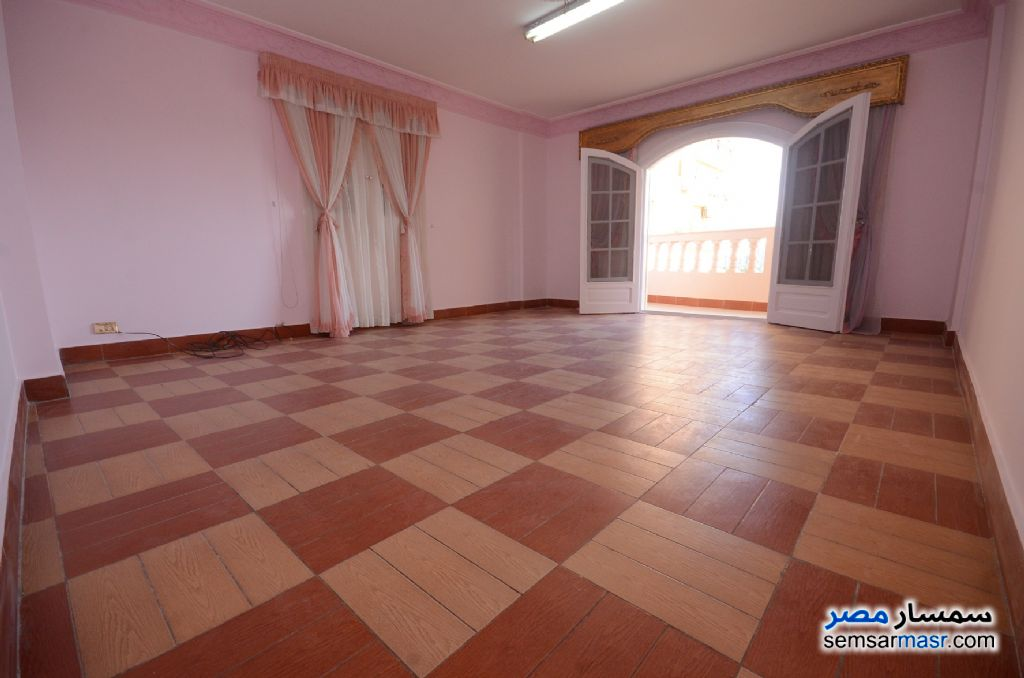 Photo 23 - Apartment 3 bedrooms 2 baths 200 sqm extra super lux For Rent Al Lbrahimiyyah Alexandira