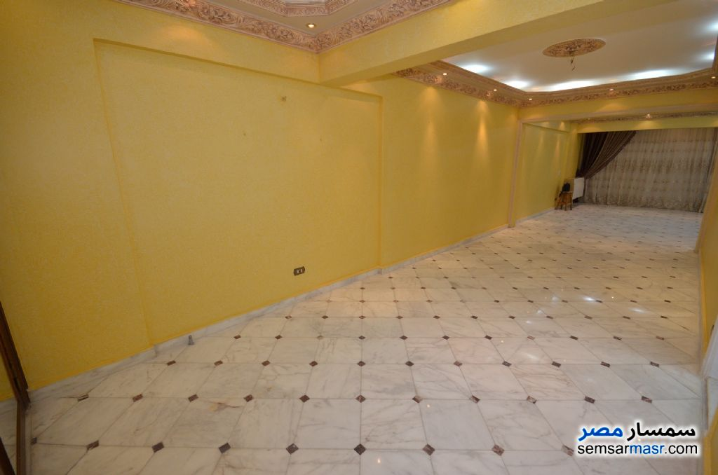 Photo 13 - Apartment 3 bedrooms 2 baths 200 sqm extra super lux For Rent Al Lbrahimiyyah Alexandira