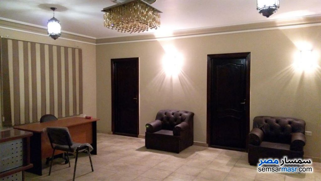 Photo 3 - Apartment 3 bedrooms 1 bath 140 sqm extra super lux For Rent Mohandessin Giza