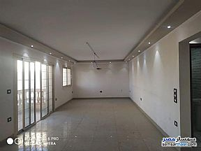 Ad Photo: Apartment 4 bedrooms 2 baths 250 sqm extra super lux in Sheraton  Cairo