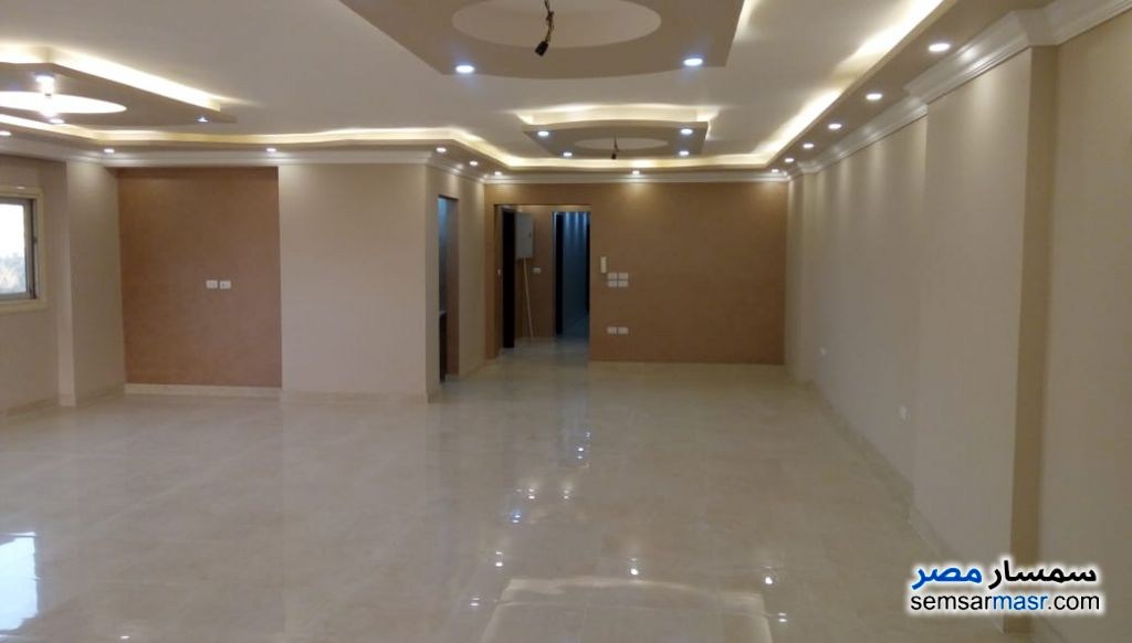 Photo 2 - Apartment 3 bedrooms 3 baths 200 sqm super lux For Rent Agouza Giza