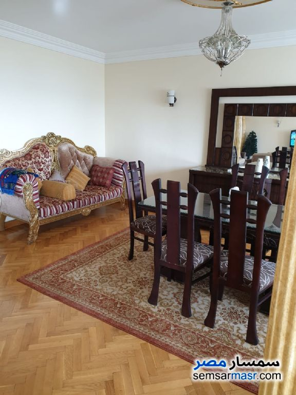 Photo 13 - Apartment 3 bedrooms 2 baths 212 sqm extra super lux For Rent Maadi Cairo