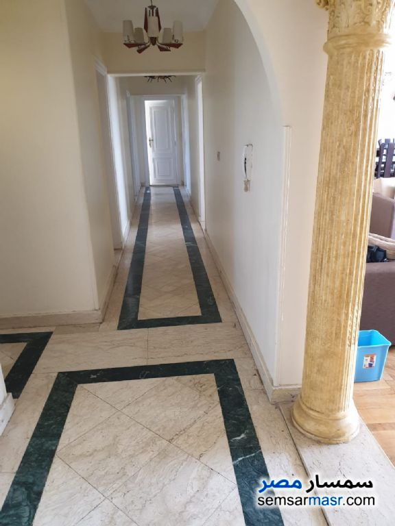 Photo 2 - Apartment 3 bedrooms 2 baths 212 sqm extra super lux For Rent Maadi Cairo