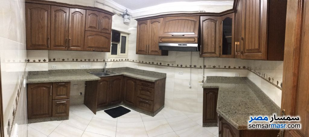 Photo 7 - Apartment 3 bedrooms 2 baths 200 sqm extra super lux For Rent Dokki Giza