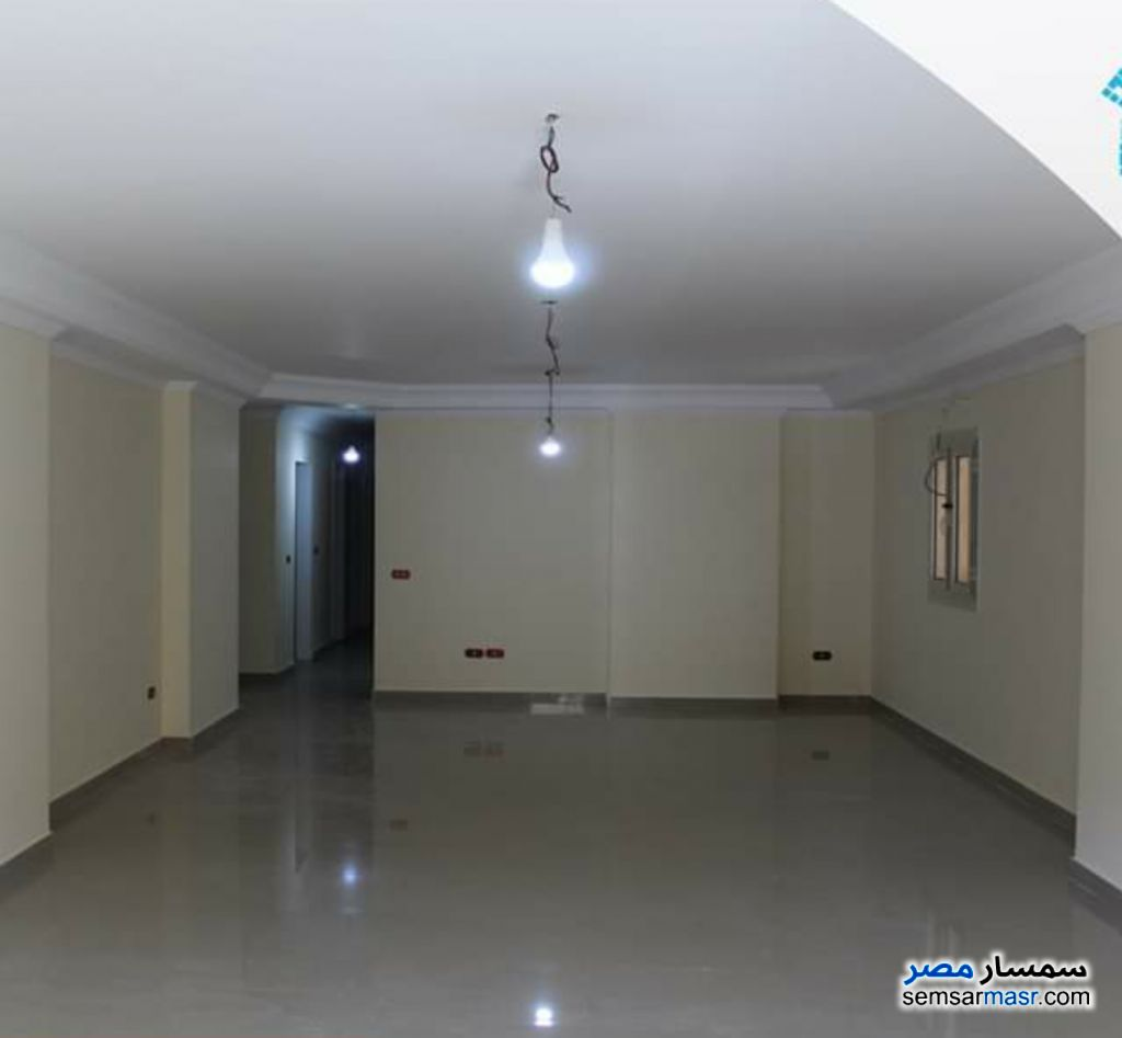 Photo 1 - Apartment 3 bedrooms 2 baths 200 sqm super lux For Rent Wabor Al Maya Alexandira
