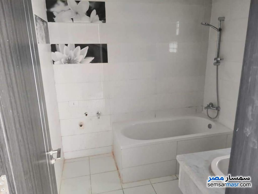 Photo 2 - Apartment 3 bedrooms 3 baths 190 sqm super lux For Rent Madinaty Cairo