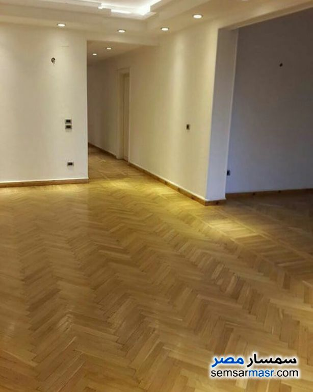 Photo 3 - Apartment 3 bedrooms 2 baths 200 sqm super lux For Rent Dokki Giza
