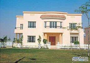 Ad Photo: Villa 3 bedrooms 3 baths 400 sqm extra super lux in Rehab City  Cairo