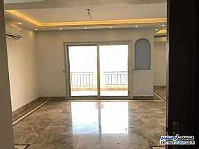 Ad Photo: Apartment 3 bedrooms 3 baths 190 sqm extra super lux in Dreamland  6th of October