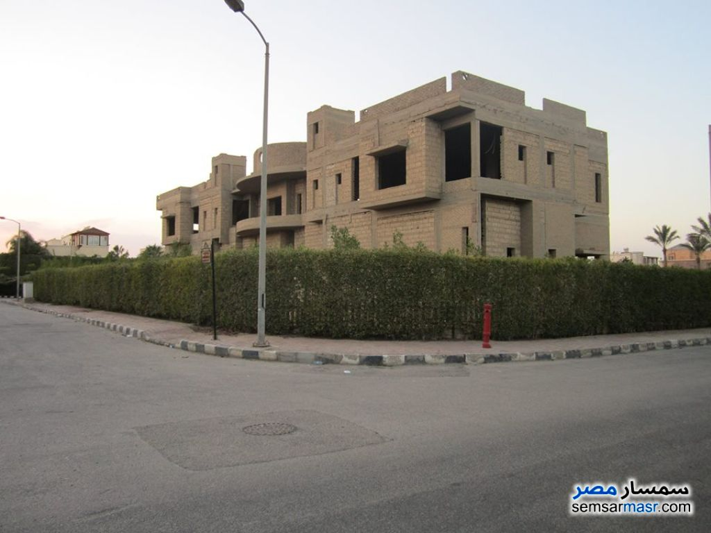Photo 1 - Villa 10 bedrooms 11 baths 2,900 sqm without finish For Sale Rehab City Cairo