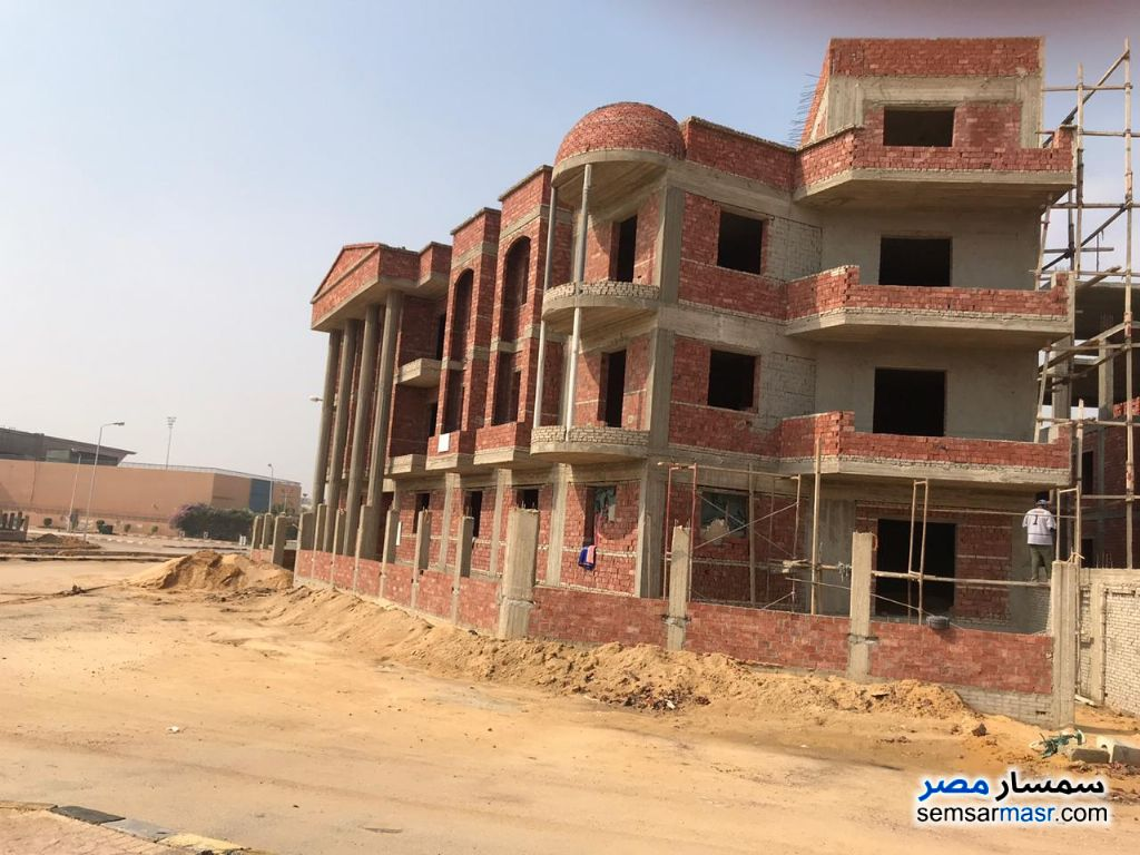 Photo 1 - Apartment 3 bedrooms 3 baths 160 sqm semi finished For Sale Shorouk City Cairo