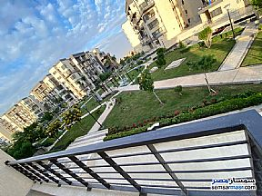 Ad Photo: Apartment 3 bedrooms 2 baths 168 sqm super lux in Madinaty  Cairo