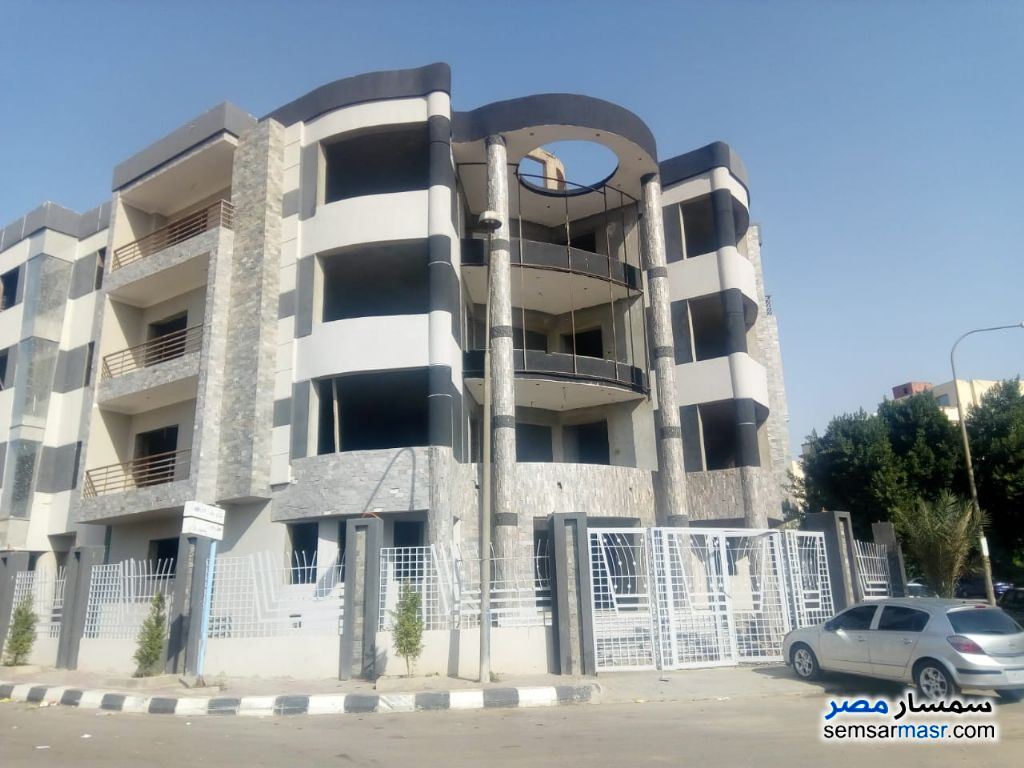 Ad Photo: Commercial 250 sqm in El Ubour City  Qalyubiyah
