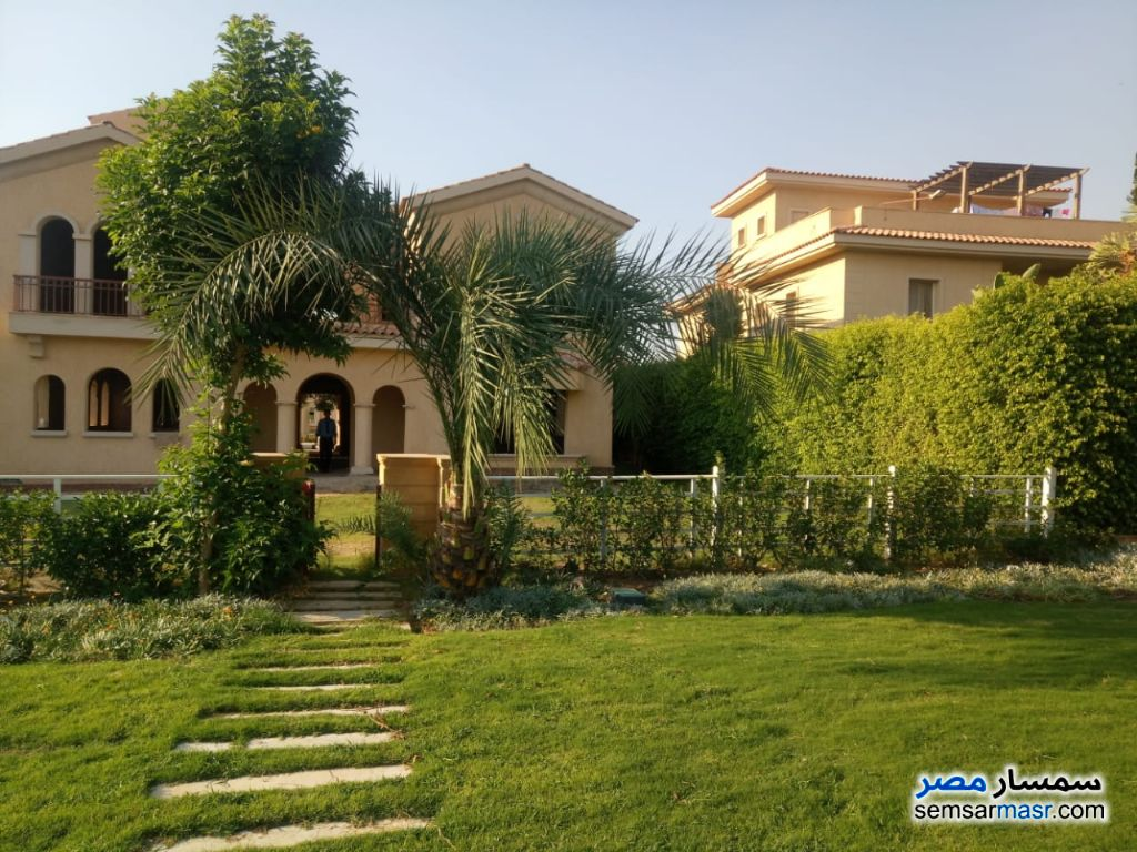 Photo 1 - Villa 3 bedrooms 3 baths 750 sqm without finish For Sale Madinaty Cairo