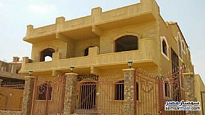 Ad Photo: Villa 7 bedrooms 4 baths 648 sqm semi finished in Shorouk City  Cairo