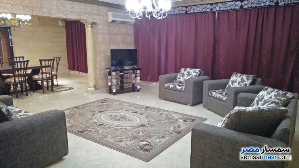 Photo 1 - Apartment 3 bedrooms 2 baths 212 sqm extra super lux For Rent Maadi Cairo