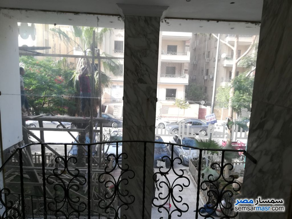 Photo 3 - Apartment 4 bedrooms 2 baths 235 sqm lux For Sale Mokattam Cairo