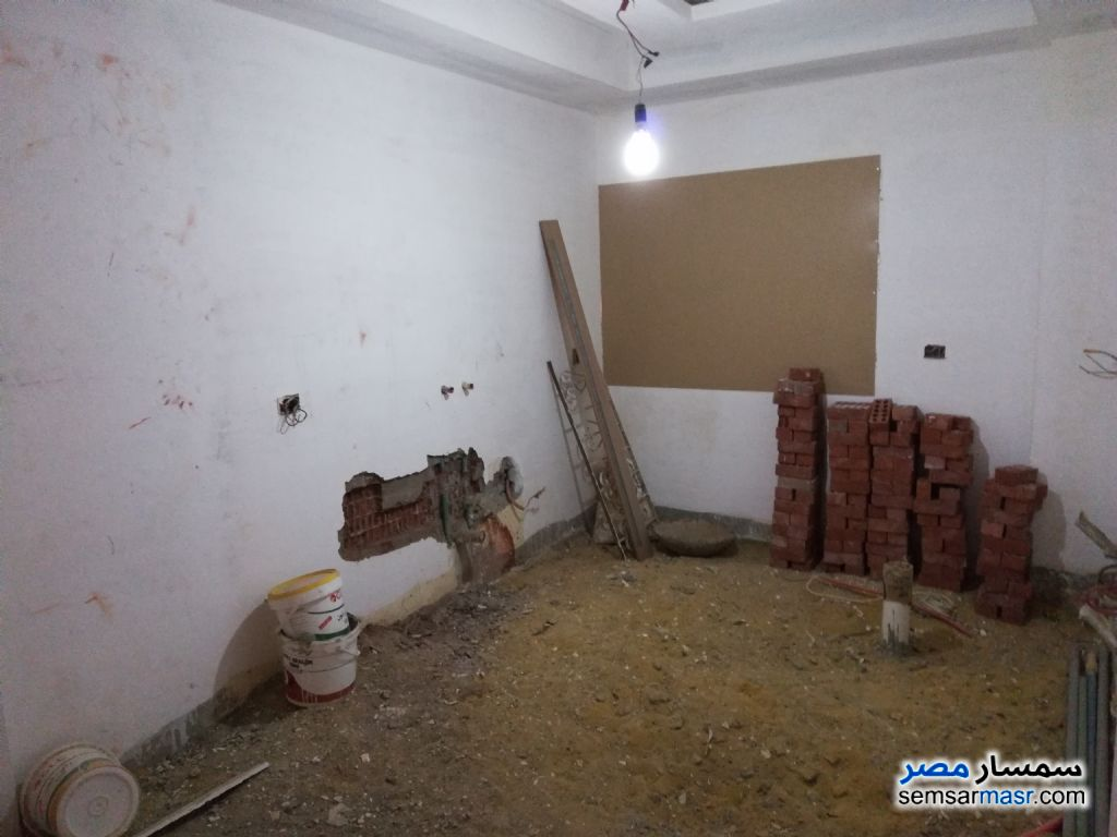 Photo 10 - Apartment 4 bedrooms 2 baths 235 sqm lux For Sale Mokattam Cairo