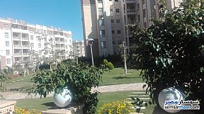Ad Photo: Apartment 2 bedrooms 2 baths 89 sqm without finish in Madinaty  Cairo