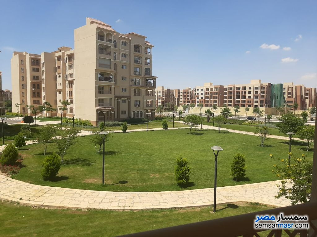 Ad Photo: Apartment 3 bedrooms 3 baths 211 sqm super lux in Madinaty  Cairo