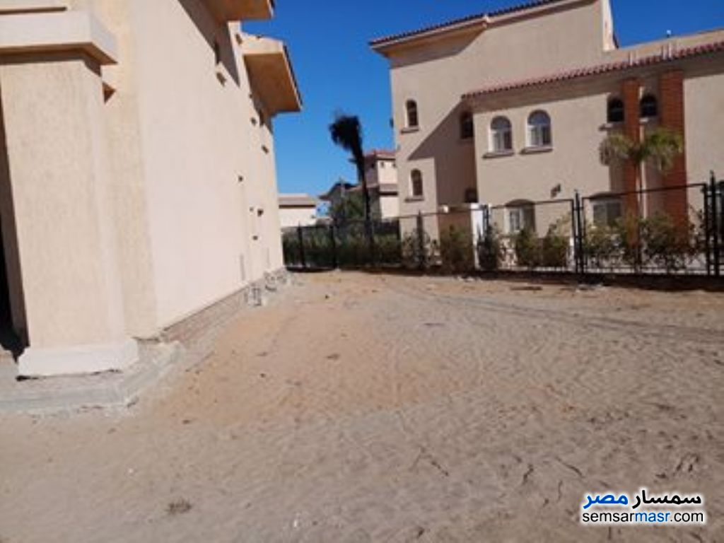 Photo 4 - Villa 4 bedrooms 4 baths 1,050 sqm without finish For Sale Madinaty Cairo
