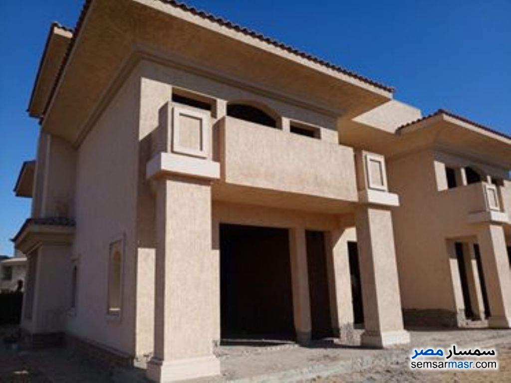 Photo 3 - Villa 4 bedrooms 4 baths 1,050 sqm without finish For Sale Madinaty Cairo