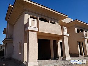Villa 4 bedrooms 4 baths 1,050 sqm without finish For Sale Madinaty Cairo - 3