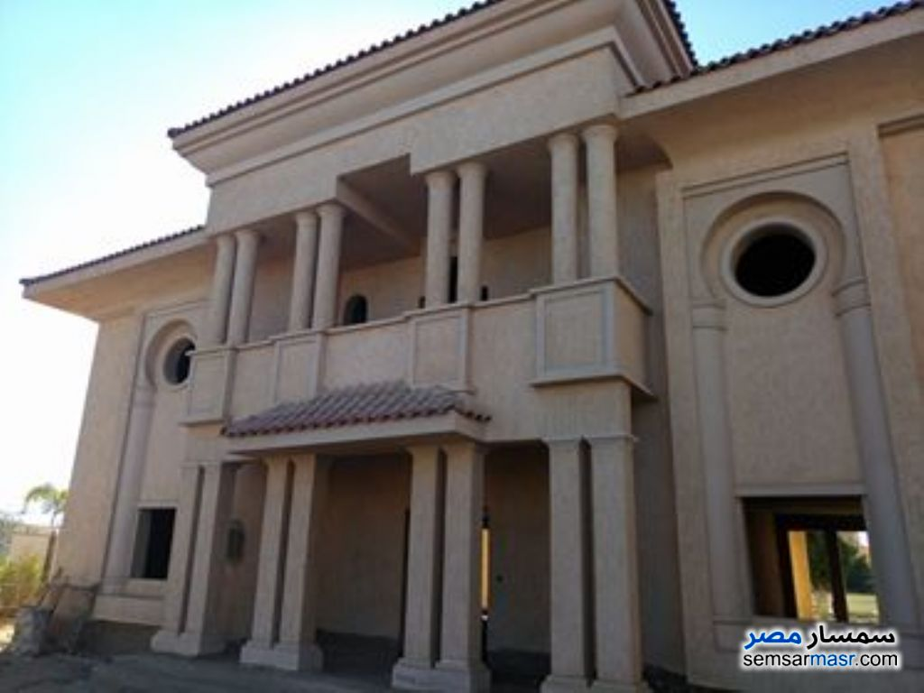 Photo 1 - Villa 4 bedrooms 4 baths 1,050 sqm without finish For Sale Madinaty Cairo
