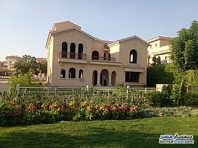 Villa 4 bedrooms 3 baths 700 sqm without finish For Sale Madinaty Cairo - 2