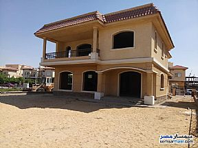Ad Photo: Villa 3 bedrooms 3 baths 677 sqm without finish in Madinaty  Cairo