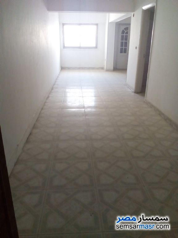 Photo 1 - Apartment 2 bedrooms 1 bath 125 sqm lux For Sale Heliopolis Cairo