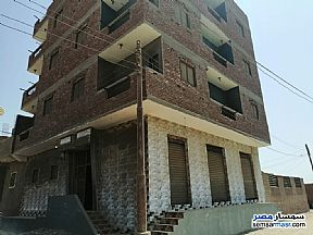 Ad Photo: Building 3 bedrooms 1 bath 100 sqm lux in Halwan  Cairo