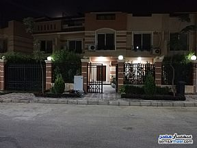Ad Photo: Villa 6 bedrooms 4 baths 353 sqm extra super lux in Shorouk City  Cairo