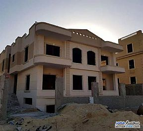Ad Photo: Villa 3 bedrooms 3 baths 450 sqm semi finished in North Extensions  6th of October