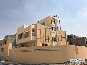 Ad Photo: Villa 4 bedrooms 4 baths 445 sqm semi finished in Palm Hills  6th of October